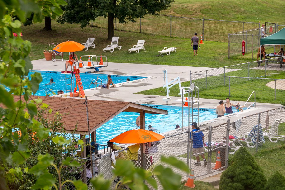 Nyc S Public Pools Open For The Summer Curbed Ny