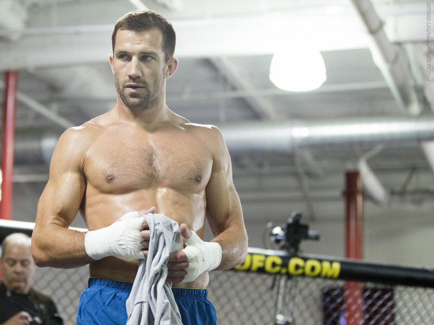 Luke Rockhold looking to go 'straight through' to Jon Jones with win at UFC 239 - MMA Fighting