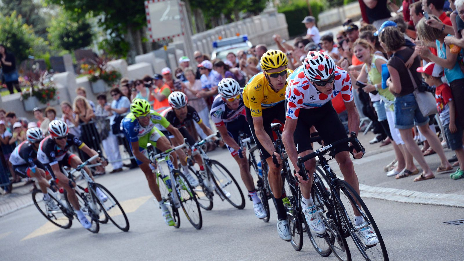 What Counts as News: Froome to the Tour! [And What It Might Mean]