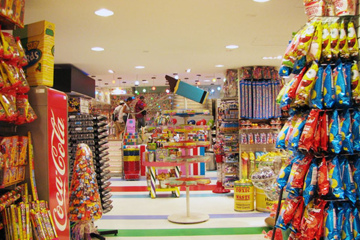 """Welcome, campers! Dylan's Candy Bar via <a href=""""http://www.flickr.com/photos/sweetfixnyc/4238968507/"""">sweetfixNYC</a>/Flickr"""