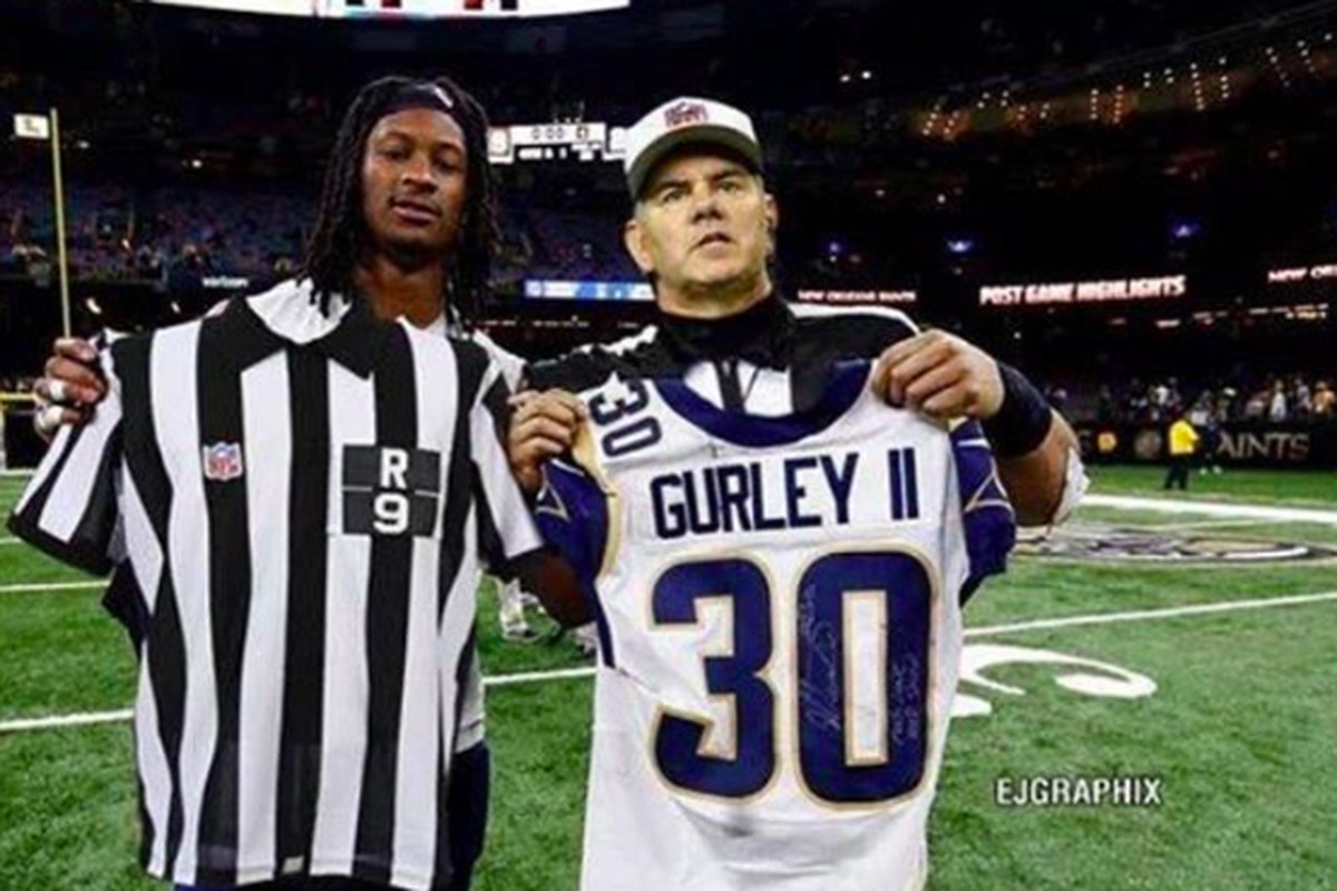 3ac4537c6a8 Todd Gurley s fake photo with a ref tricked Mike Francesa and others ...