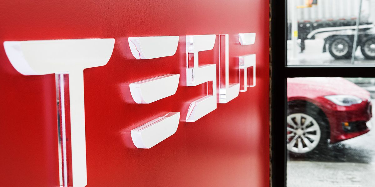 Tesla strikes deal to sell cars in Michigan