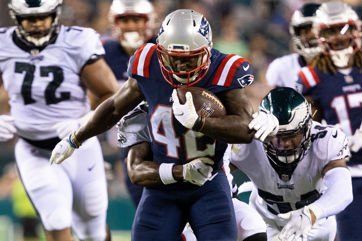 New England Patriots running back J.J. Taylor (42) runs the ball against the Philadelphia Eagles during the third quarter at Lincoln Financial Field.