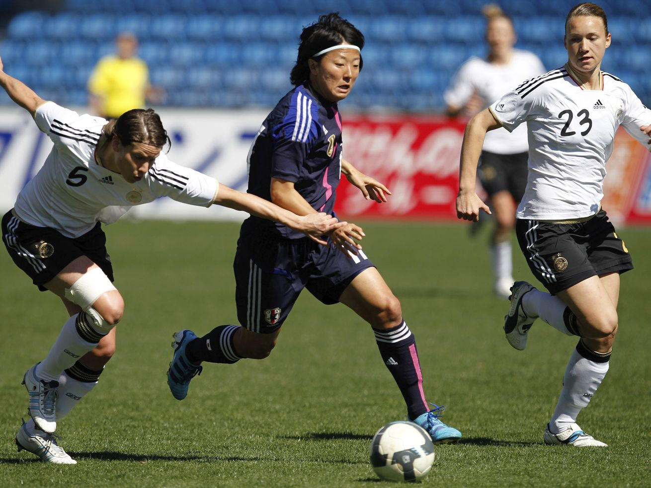 Yuki Nagasato, center, is joining the Japanese men's club Hayabusa Eleven on loan from the REd Stars.