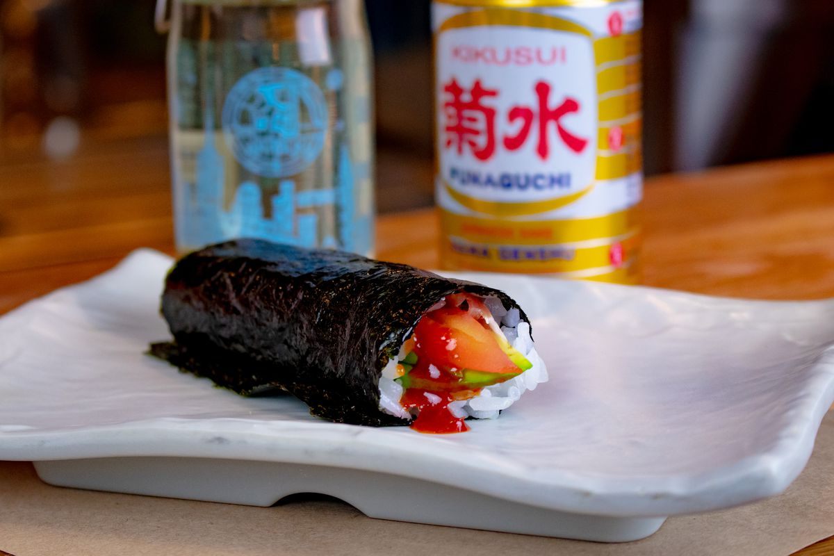 A hand roll
