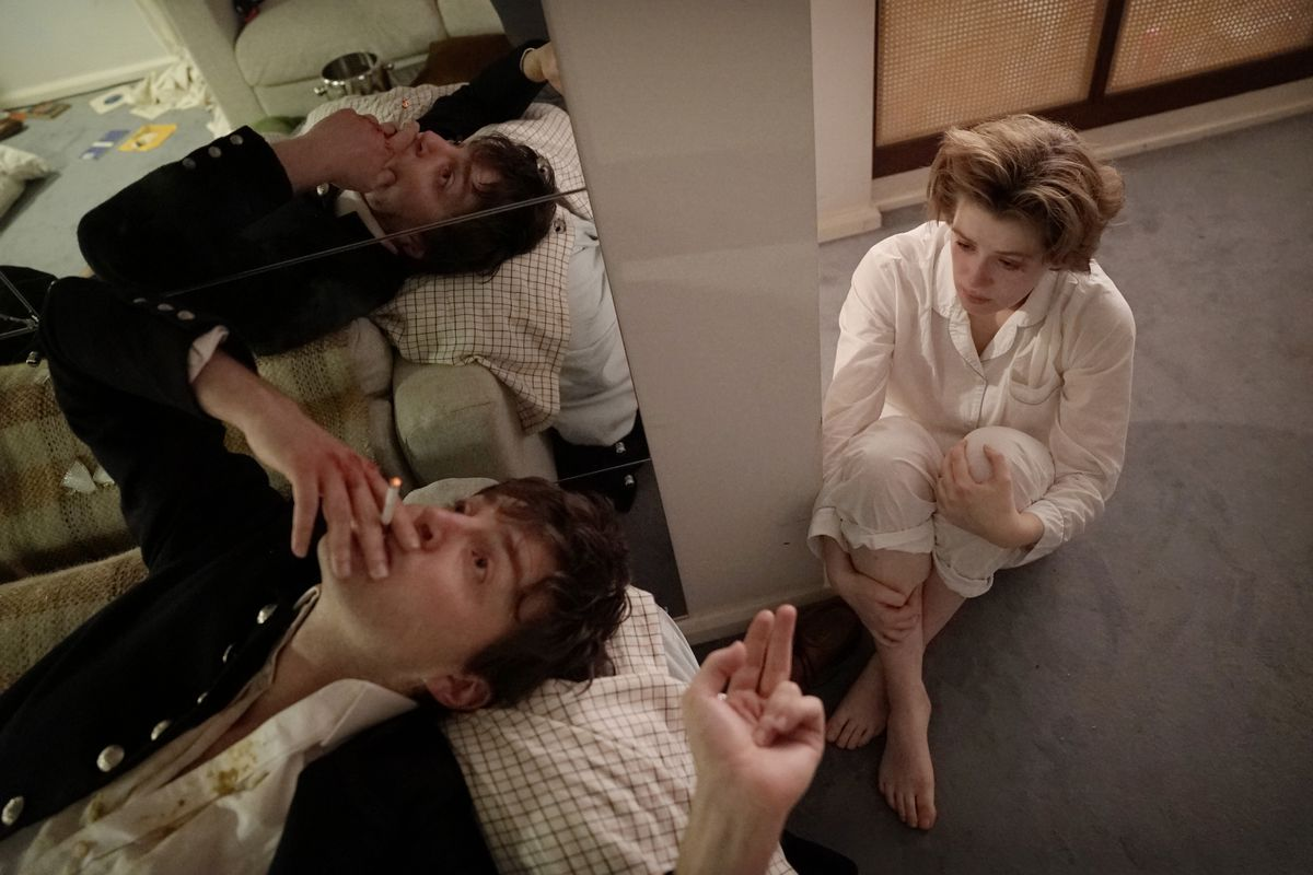 'The Souvenir' a stunning study of a smart woman who can't quit a dangerous man