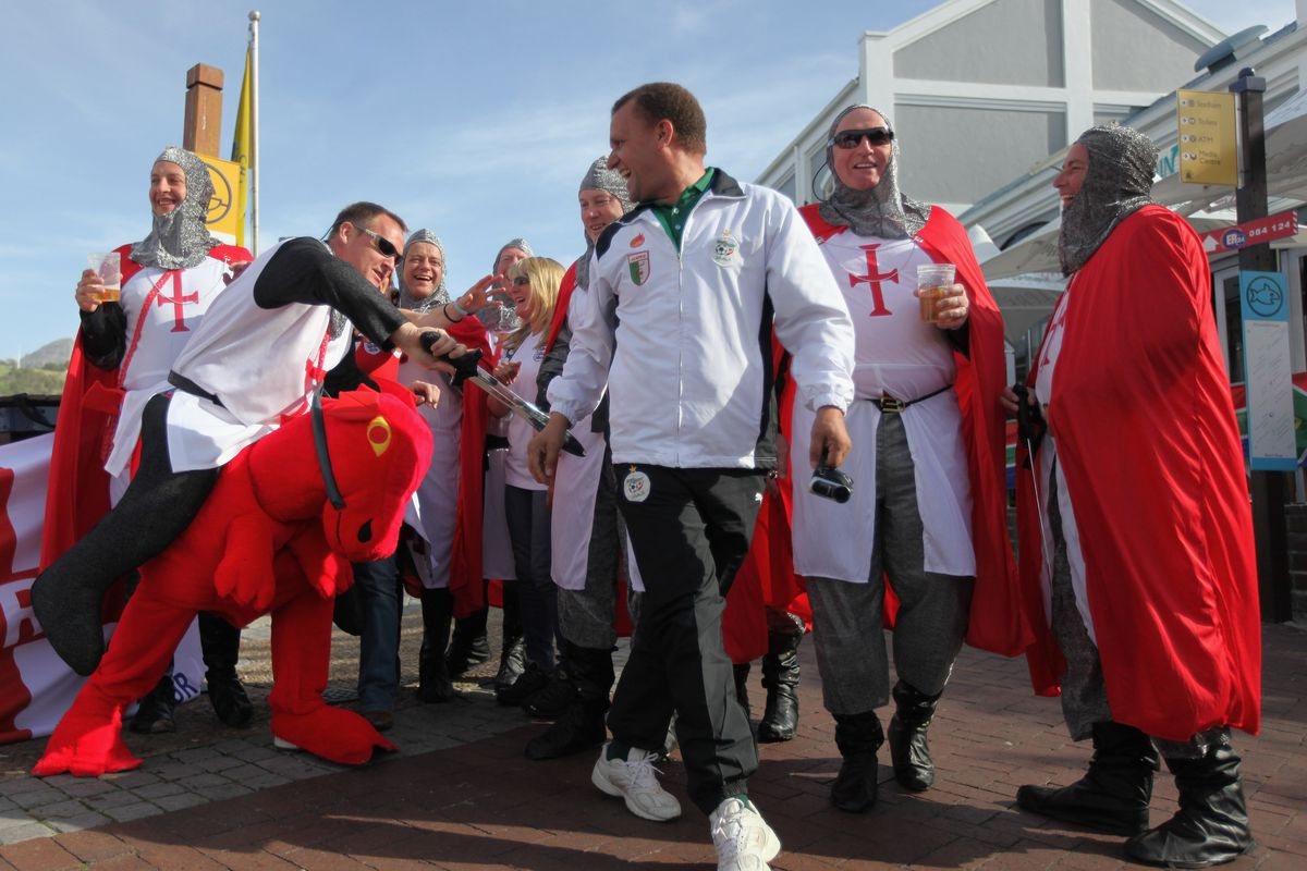 England Fans Gather Ahead of Algeria Clash