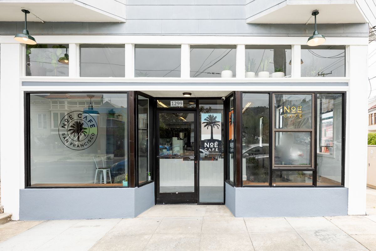 Exterior of Noe Cafe