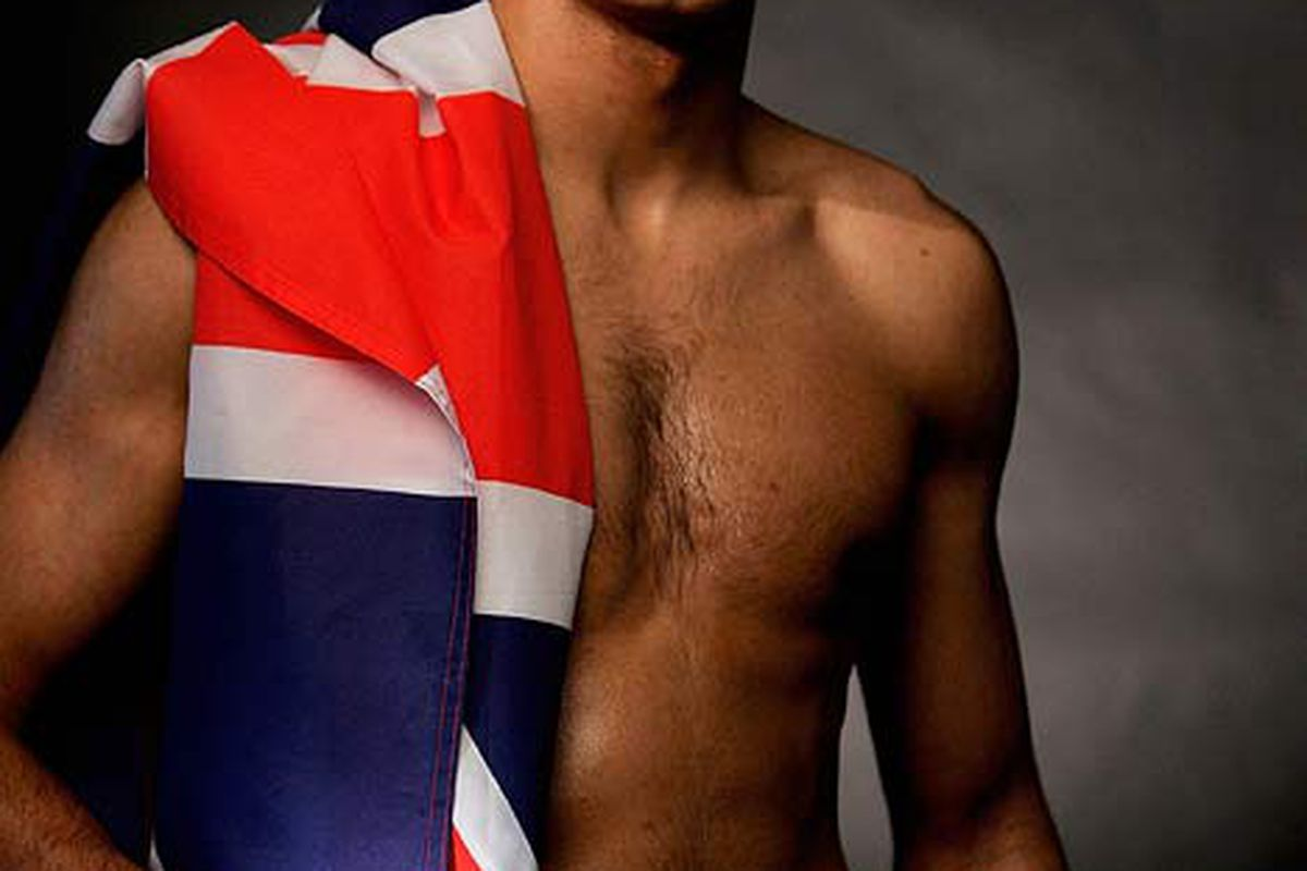 """Brit star and WBA junior welterweight titleholder Amir Khan may soon make his way to the States. (via <a href=""""http://img.dailymail.co.uk/i/pix/2008/03_04/khanG2503_468x687.jpg"""">img.dailymail.co.uk</a>)"""