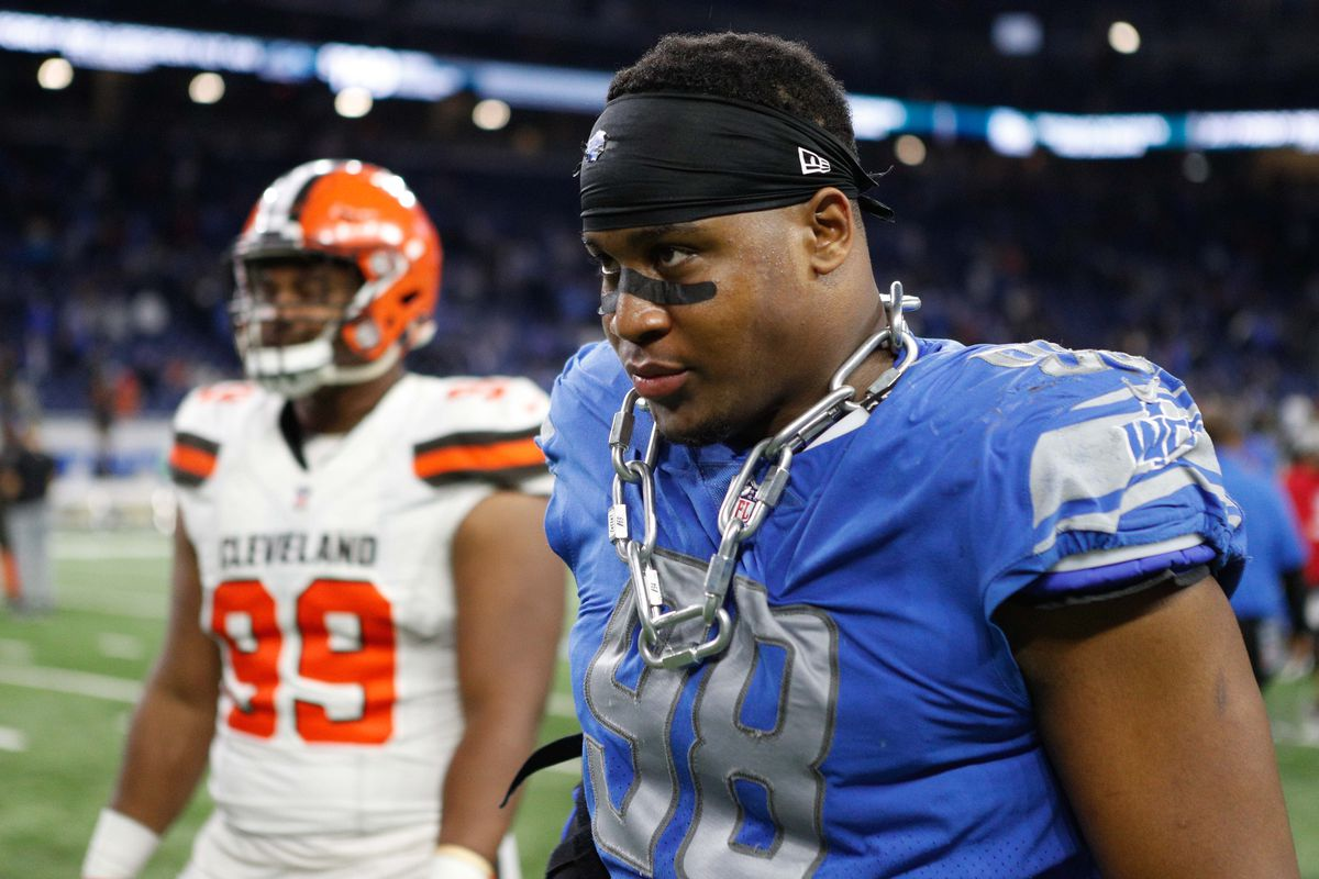 huge selection of 18416 d7237 Detroit Lions lose Jeremiah Ledbetter, Marcus Lucas to other ...