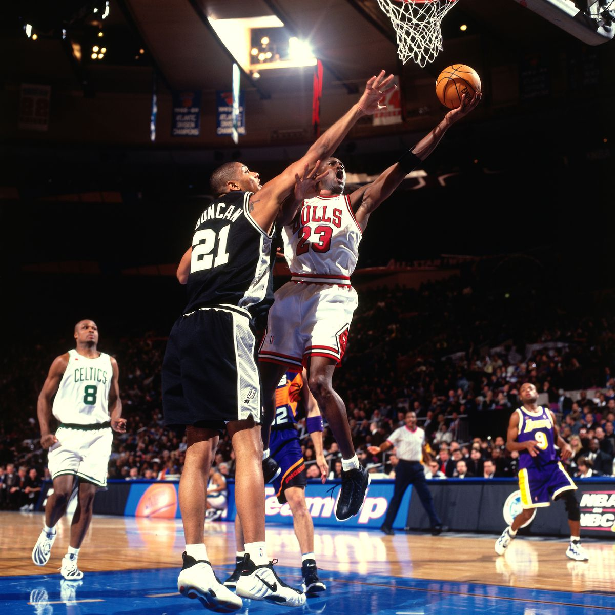 948557d4af715 The early years of Tim Duncan ... told through his shoes - Pounding ...