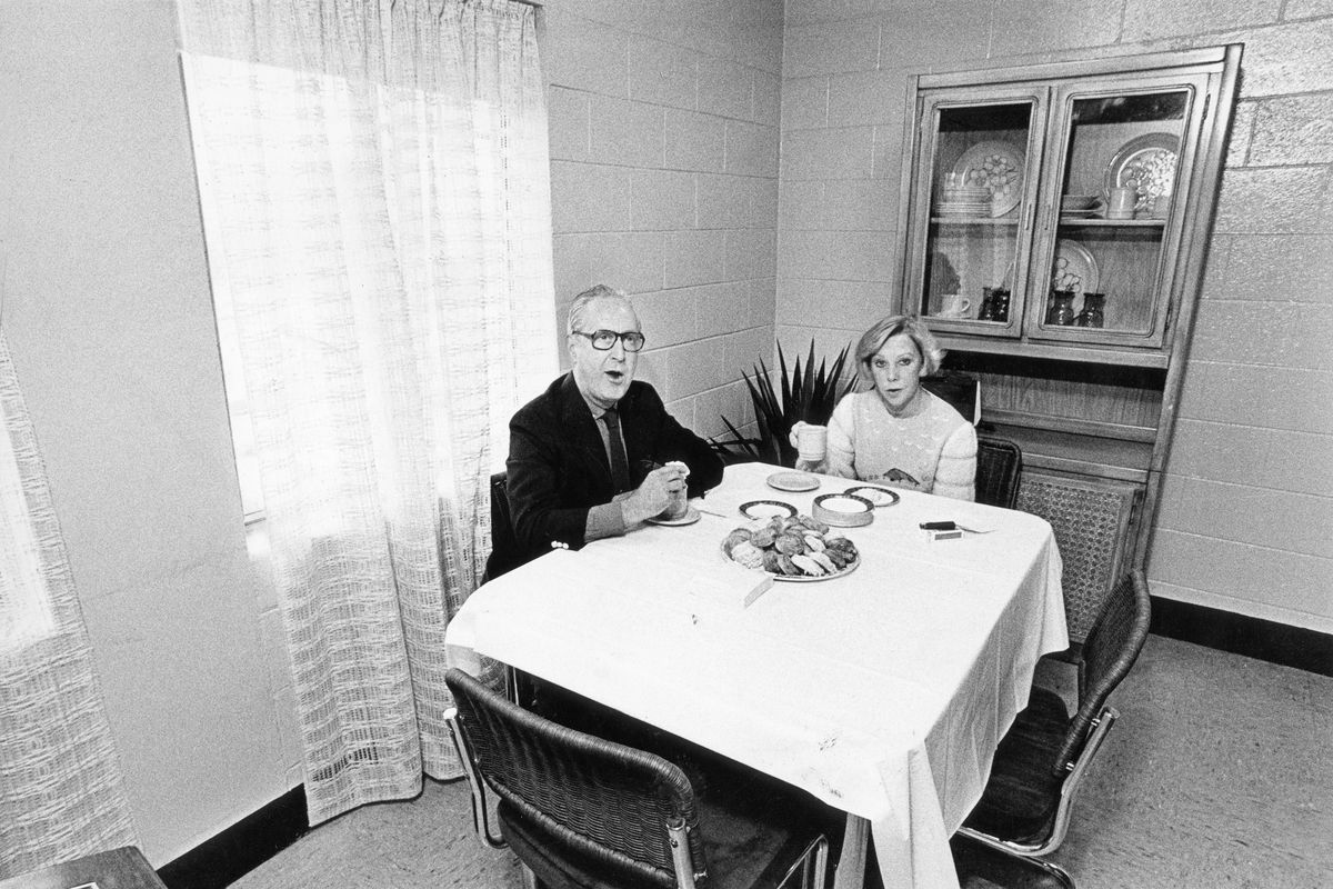 Mayor Jane Byrne and her husband, Jay McMullen, share breakfast at the Cabrini-Green housing project. They moved in for four weeks to quell a gang riot. Welcome To The Hood (photo by Kevin Horan April 3, 1981)