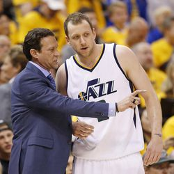 Utah Jazz head coach Quin Snyder talks with Utah Jazz forward Joe Ingles (2) during the second round of the NBA playoffs and game 3 in Salt Lake City on Saturday, May 6, 2017. The Warriors won 102-91.