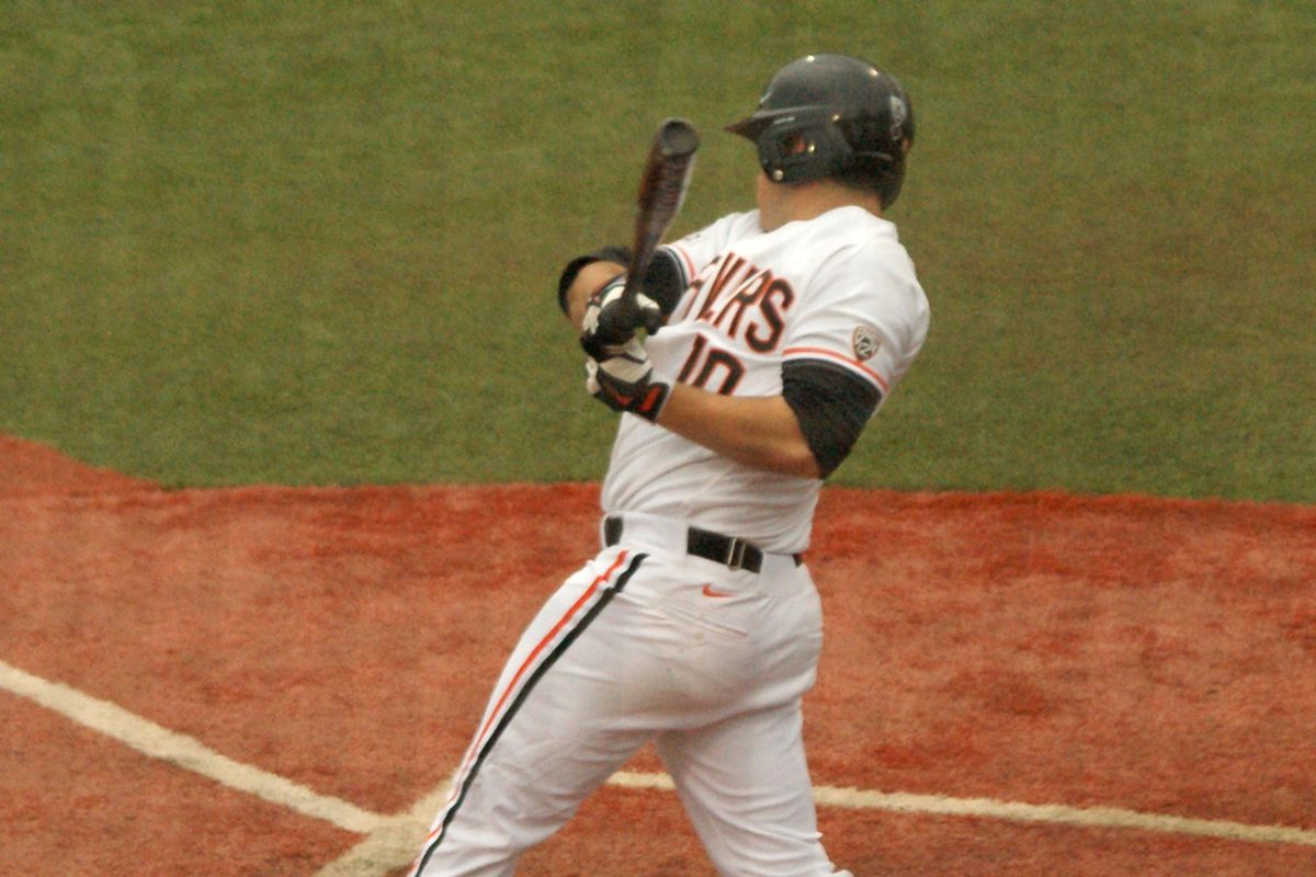 Dylan Davis drove in all 4 runs in Oregon St.'s win over Washington St. Saturday, including a 3 run homer in the 7th inning.