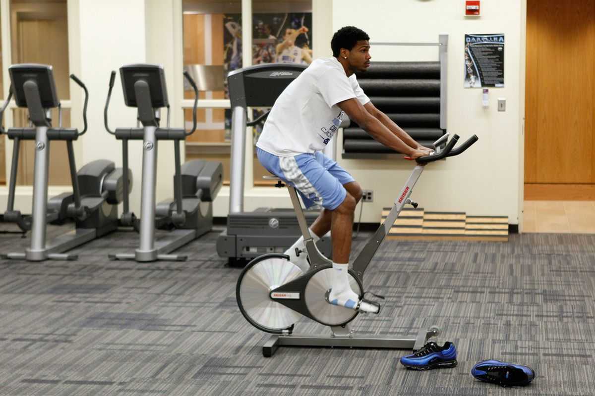 Dexter Strickland rehabs in the training room after recently tearing his ACL ahead of their game against the Georgia Tech Yellow Jackets at the Dean Smith Center on January 29, 2012.