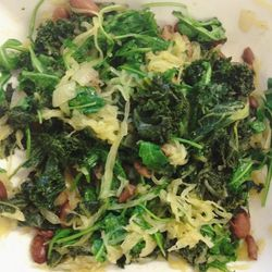 I'm trying to start the new year out right with this healthy lunch. It's spaghetti squash with kale, arugula, and pink beans. So delicious!