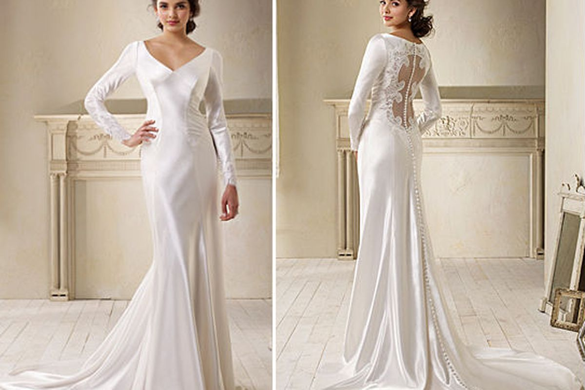 After a Top Secret Delivery, the Twilight Wedding Dress Is Here - Racked Twilight Wedding Dress