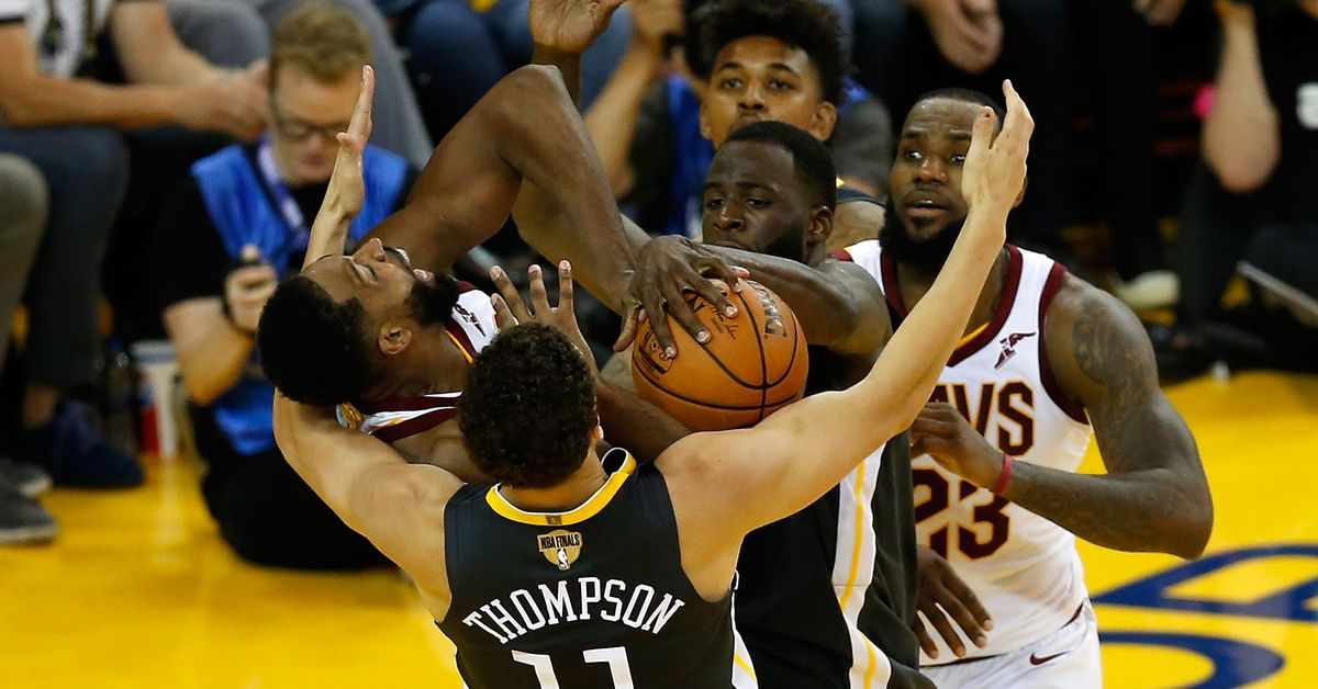 Klay Thompson and Draymond Green make All-Defense Second Team