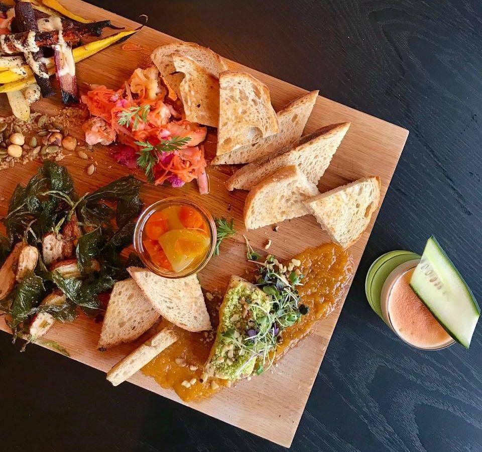 19 Great Vegetarian Friendly Restaurants In Chicago Eater