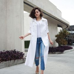 """Karla of <a href=""""http://www.karlascloset.com""""target=""""_blank"""">Karla's Closet</a> is wearing a vintage coat from Shareen Vintage, a Cos shirt, <a href=""""http://shop.nordstrom.com/s/free-people-destroyed-skinny-ankle-jeans-engineered-wash/3623592?cm_cat=da"""