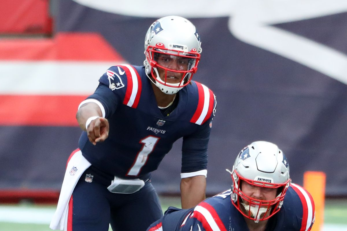Cam Newton of the New England Patriots calls a play during the game against the Las Vegas Raiders at Gillette Stadium on September 27, 2020 in Foxborough, Massachusetts.