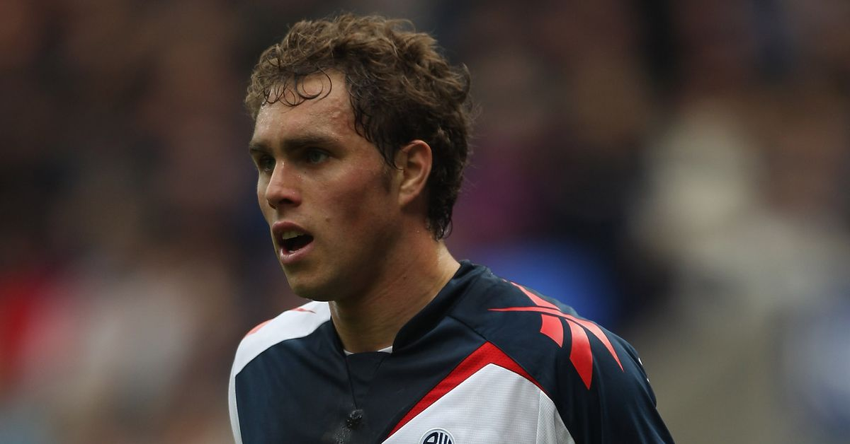 Bolton Wanderers Legend Johan Elmander Retires From ...