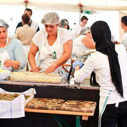 Souk el Tayeb prepares lunch