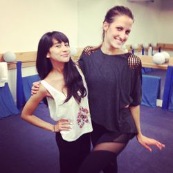Racked LA editor Natalie Alcala strikes a pose with Physique 57's Katie Johnson.