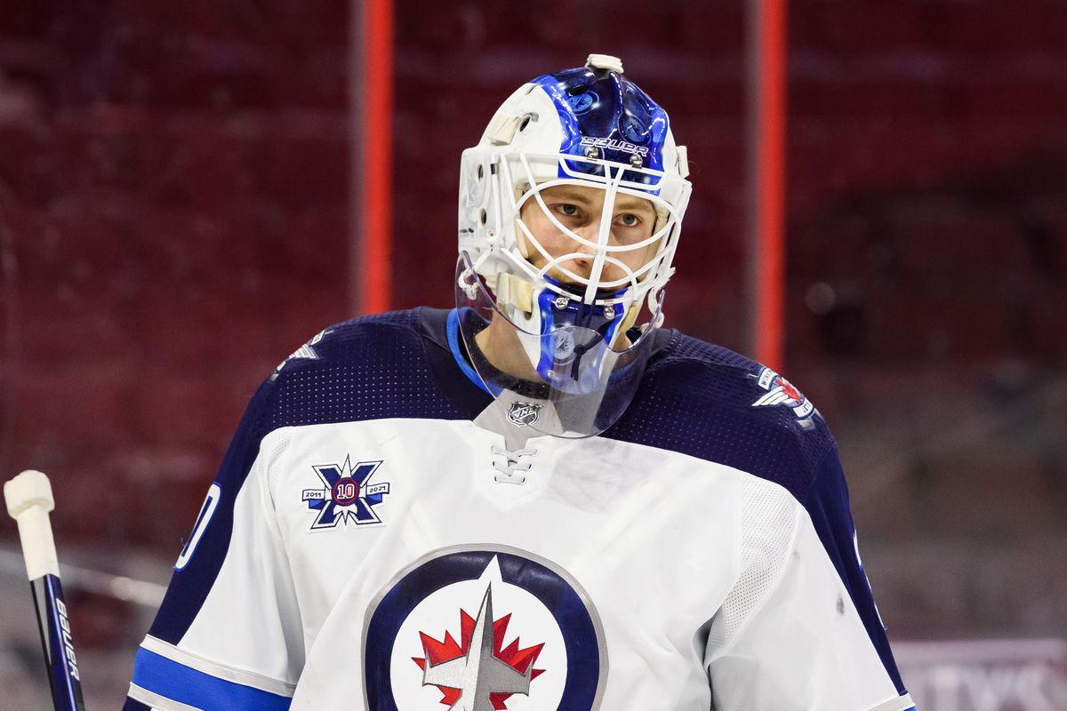 NHL: JAN 19 JETS AT SENATORS