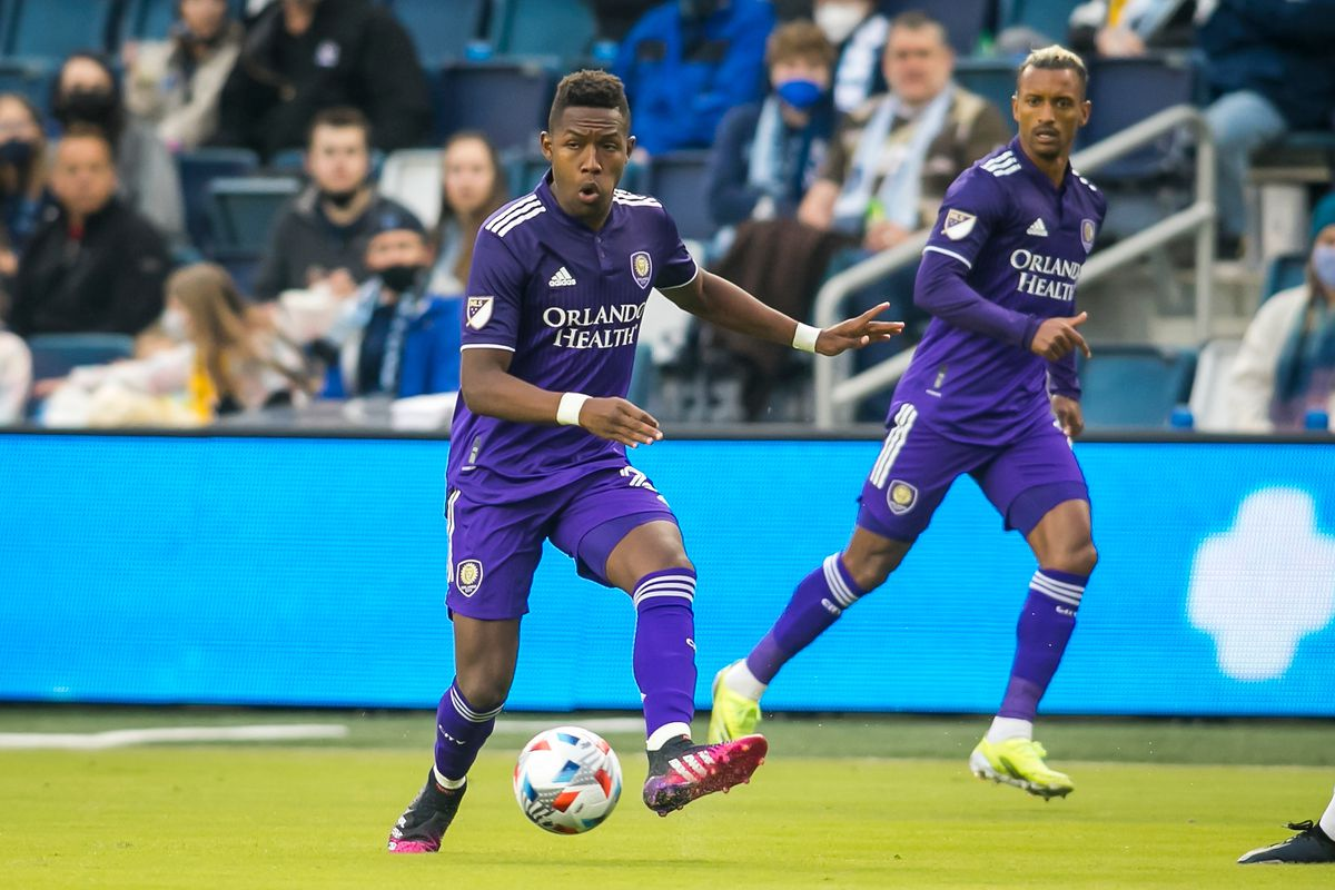SOCCER: APR 23 MLS - Orlando City SC at Sporting Kansas City