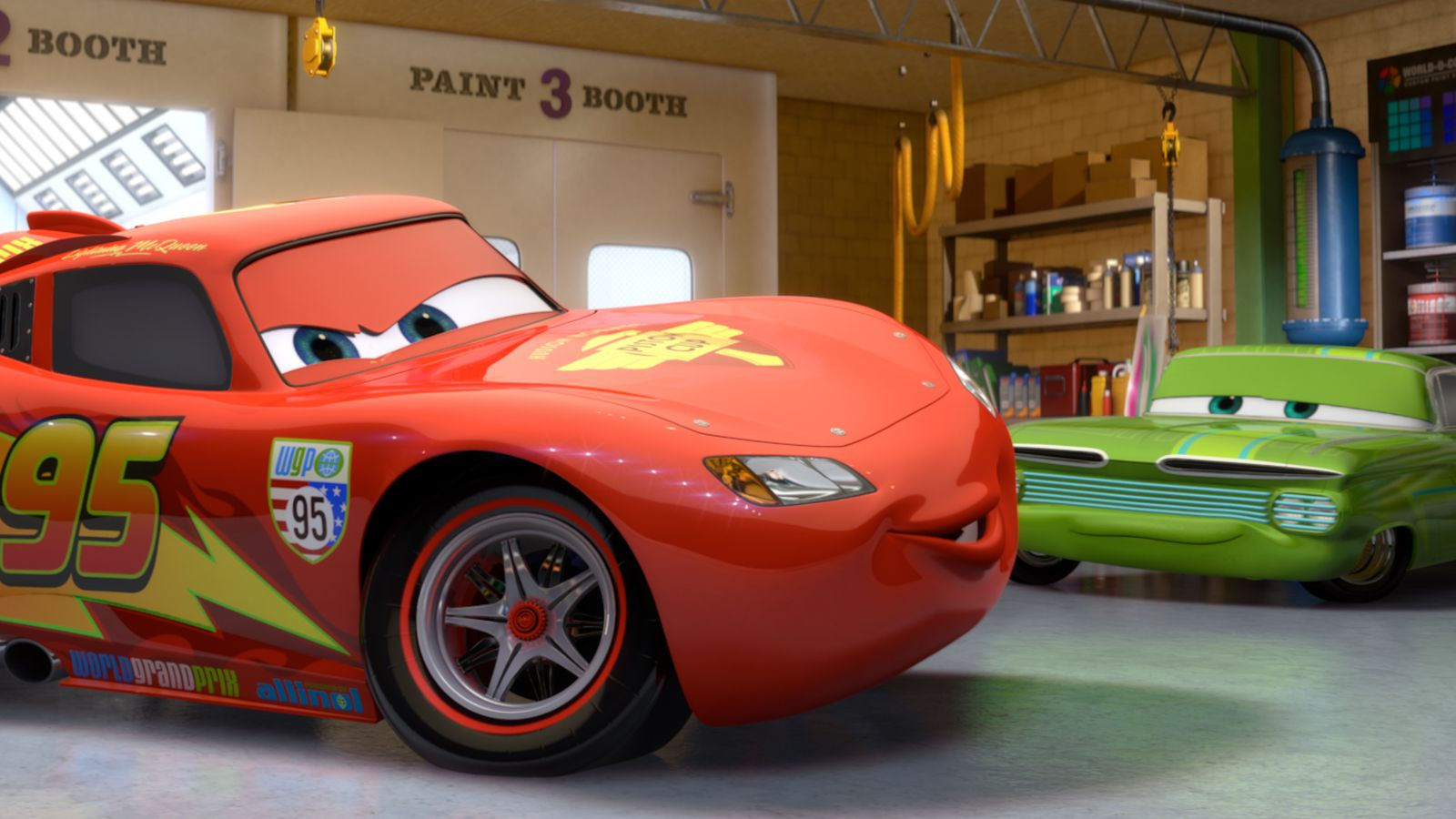 cars 3 extended trailer further explains what happens to lightning mcqueen polygon. Black Bedroom Furniture Sets. Home Design Ideas