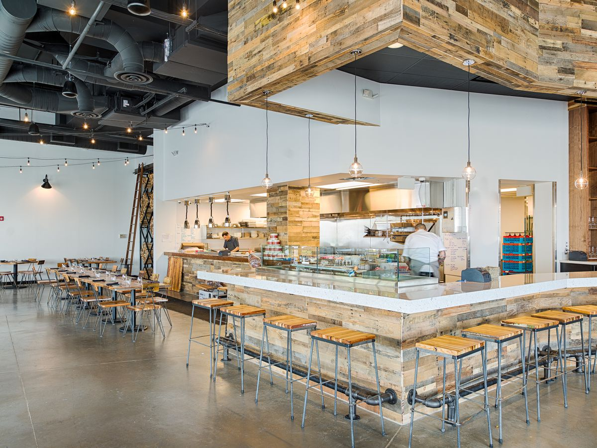 Oysters for Merrifield: Inside Brine, Opening Today at Mosaic District