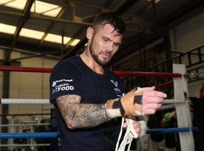921299358.jpg - Fielding, Murray return to action on July 12 in Liverpool