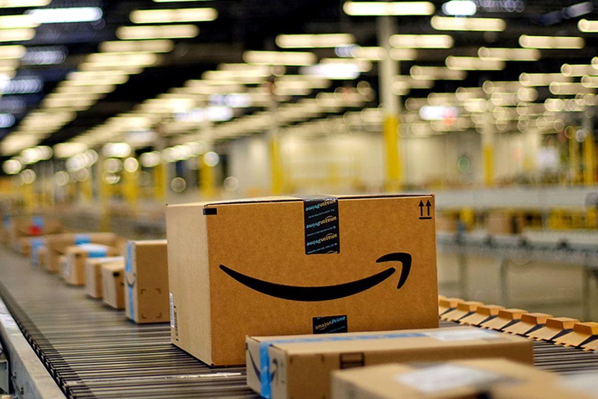 Amazon's latest warehouse machine demonstrates the slow drip of