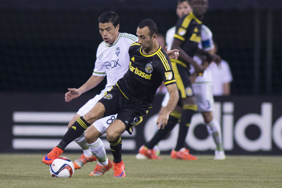 Crew SC's Justin Meram controls the ball during a 3-2 Columbus victory on Saturday at MAPFRE Stadium.