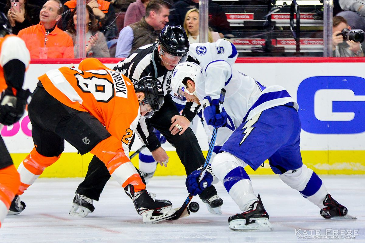 philadelphia flyers at tampa bay lightning lineups start time tv