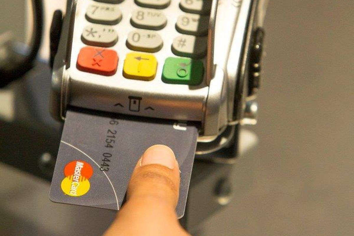Mastercards new credit card has a built in fingerprint scanner the card is currently being trialled in a number of markets image mastercard reheart Choice Image