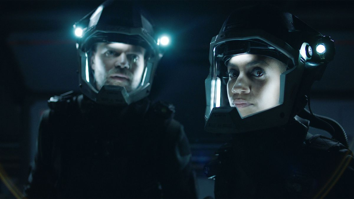 Amos and Naomi in the TV show The Expanse
