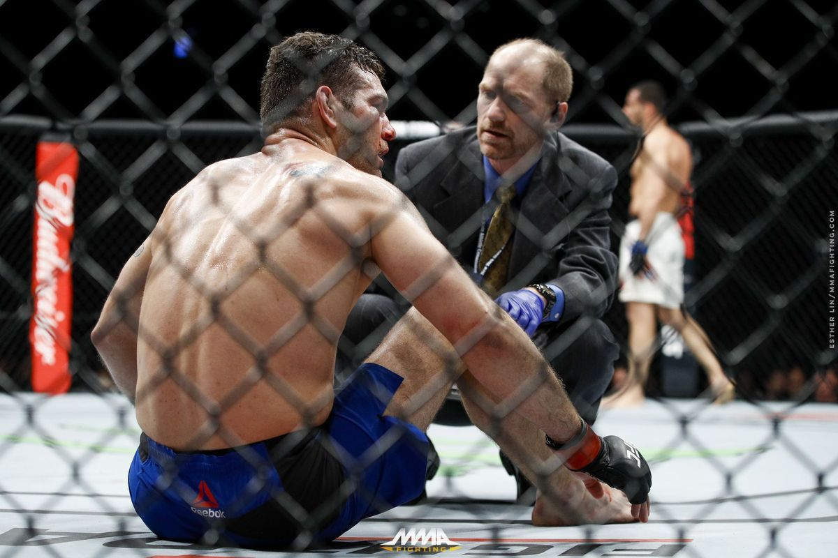 New York will allow refs to consult instant replay for UFC 217