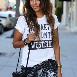 """Julie of <a href=""""http://www.sincerelyjules.com/"""">Sincerely, Jules</a> is wearing a <a href=""""http://www.loversandfriends.us/shop/graphic-tees/the-partys-here-on-the-westside-tee/"""">Lovers + Friends</a> shirt, a <a href=""""http://shop.nordstrom.com/s/3-1-phil"""