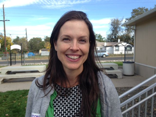 Laura Fenn, executive director of The Walking Classroom Institute, came up with the idea when she was a fifth-grade teacher. At first, she bought a class set of MP3 players using grant funds and recorded her own lessons or downloaded Internet content.