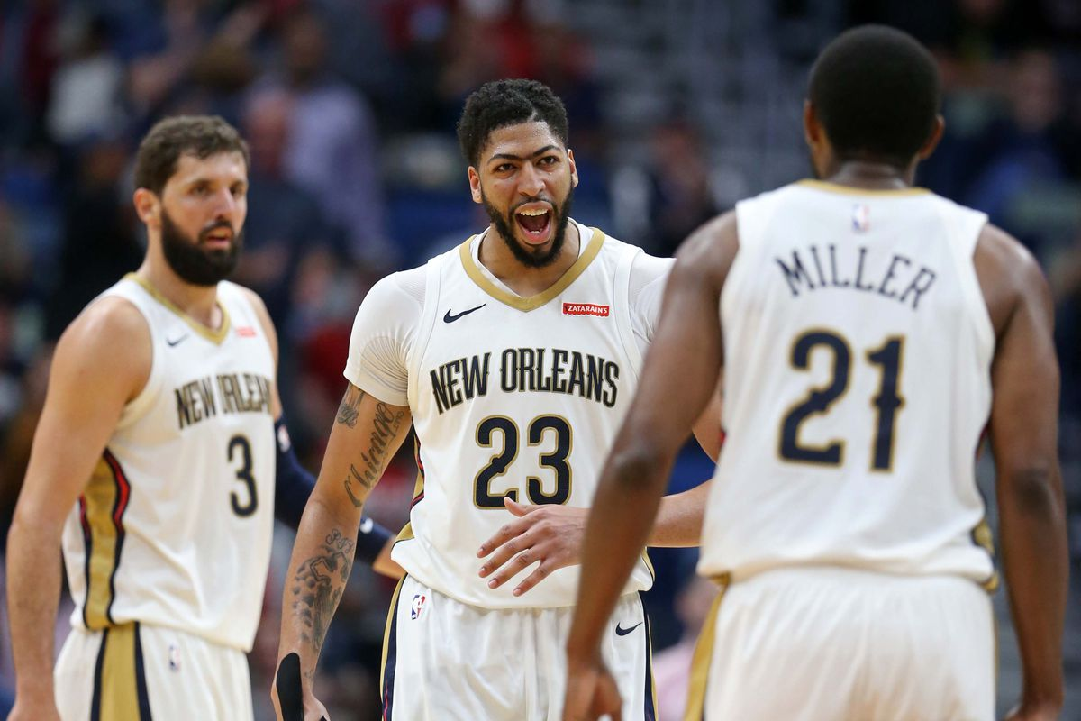 16fc39f83 The Brow Is Playing Breathtaking Basketball. Here s what you need to know  about Anthony Davis s ...