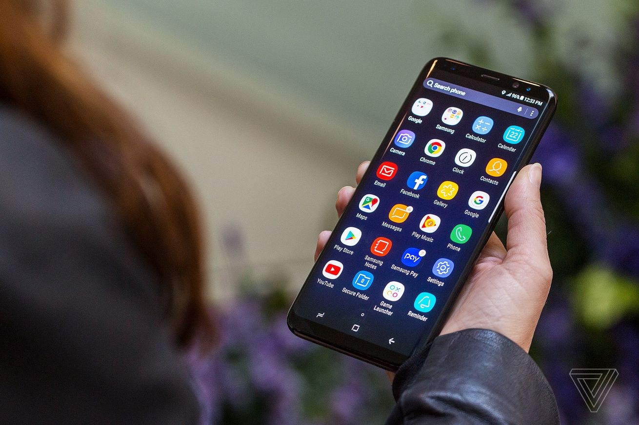 samsung halts android oreo rollout on galaxy s8 due to unexpected restarts