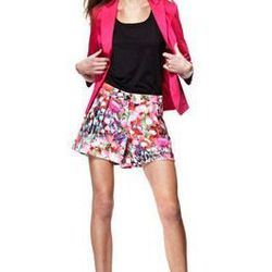 "<a href=""http://www.macys.com/campaign/social?campaign_id=298&channel_id=1&cm_mmc=VanityUrl-_-fashionstar-_-n-_-n"">Cuffed Pleated Satin Shorts by Ross Bennett</a>, $59 at Macy's"