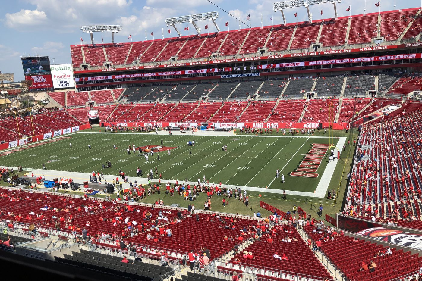 Buccaneers News 14 000 Fans May Be Allowed To Attend Games Per Report Bucs Nation
