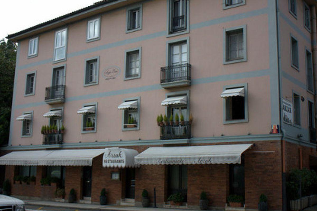 The exterior of Restaurante Arzak, San Sebastián