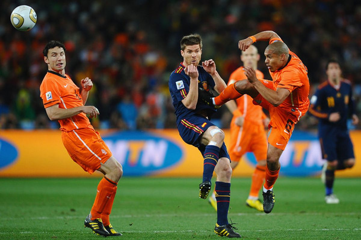 Maybe Nigel De Jong will introduce himself to someone else today.