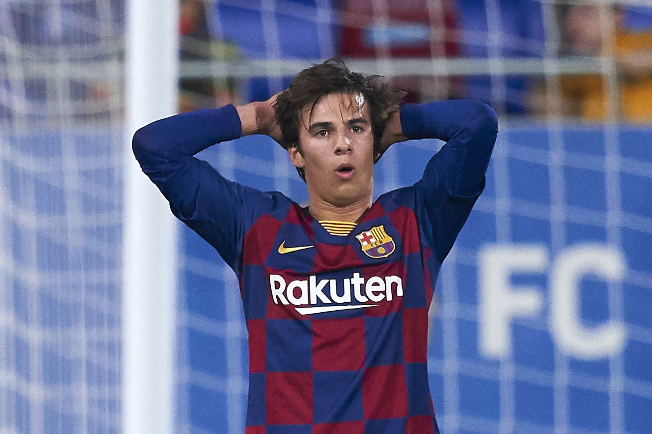 Riqui Puig unhappy with current role at Barcelona - report