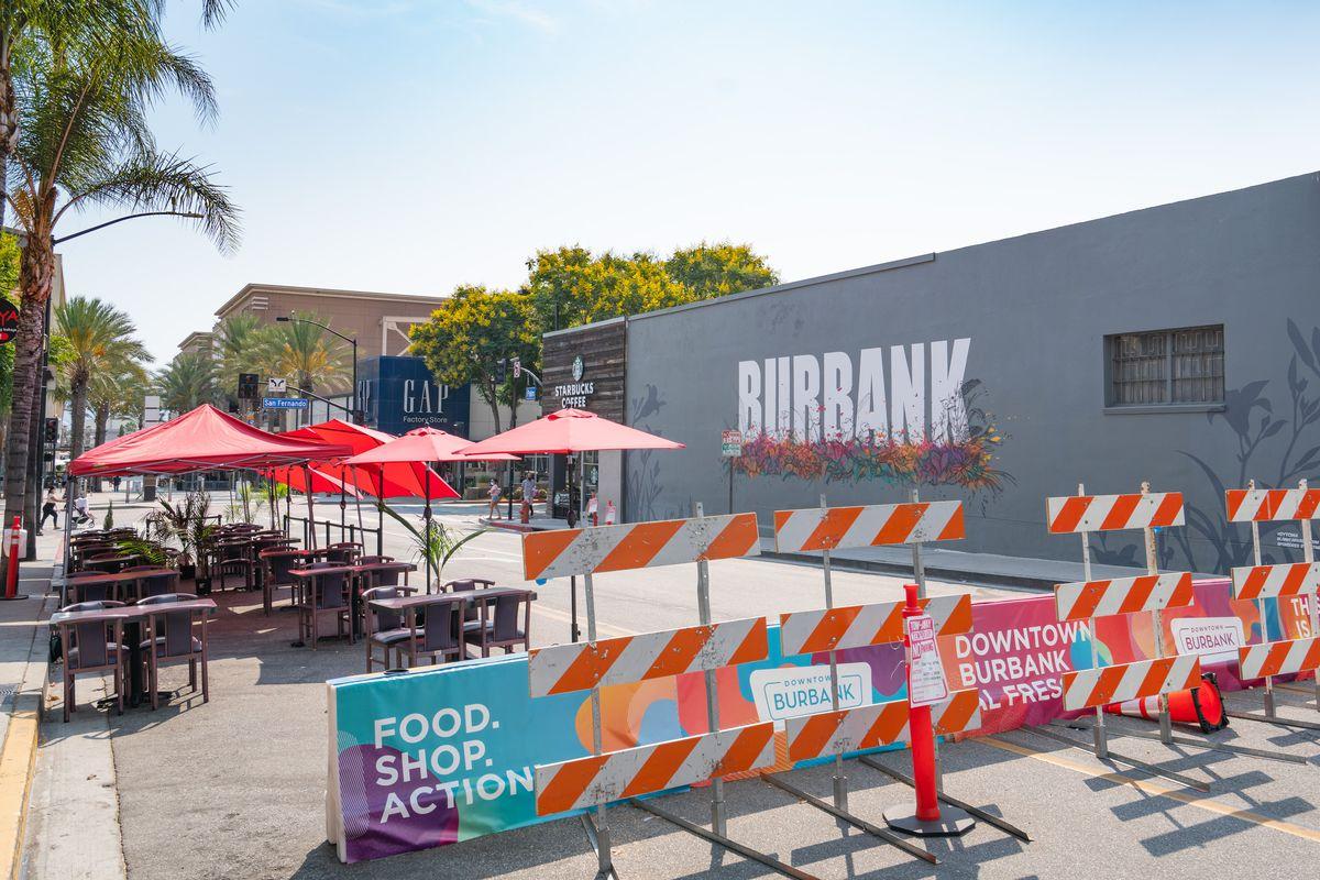 Burbank Exteriors And Landmarks - 2020