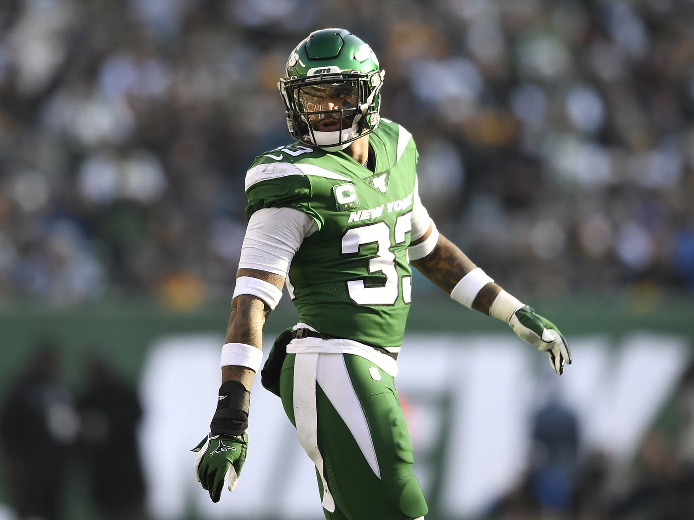 Here S Why It S A Risk For The Seattle Seahawks To Let Jamal Adams Play 2020 On His Rookie Contract Field Gulls